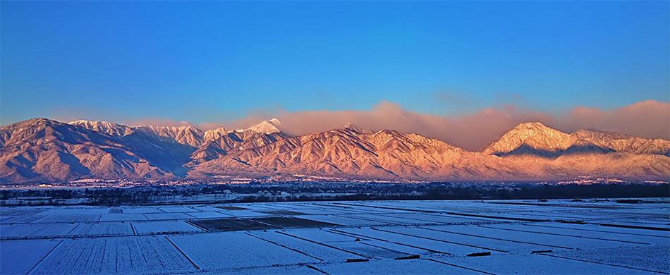 冬、早朝の常念岳