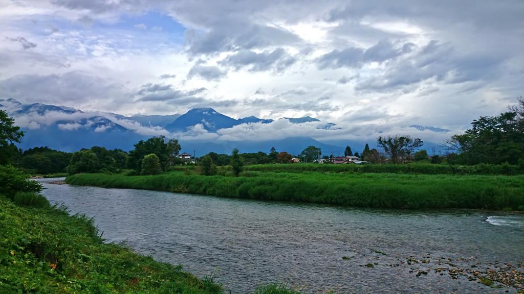 穂高川と有明山