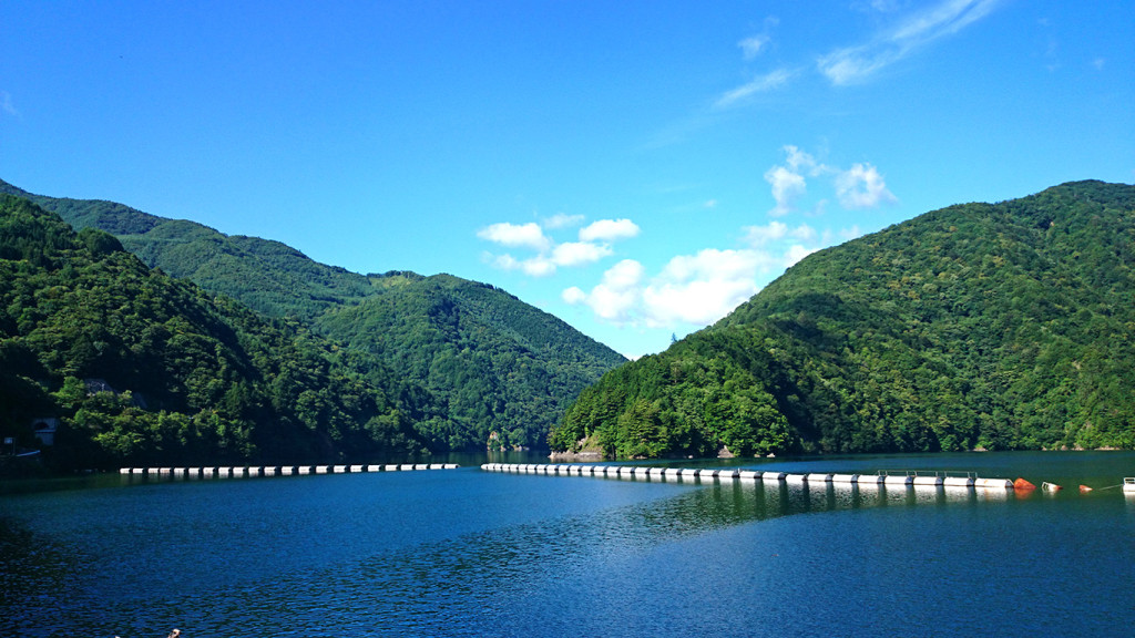 夏の奈川渡ダム