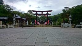 お盆の護国神社1