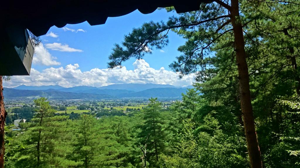 小岩嶽城 のろし展望台からの風景