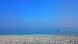 親不知ピアパークから見る海岸の風景