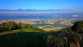 横一直線の雲を長峰山から