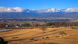 あづみ野池田クラフトパークから横通岳、東天井岳、燕岳を