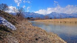 早春の穂高川1