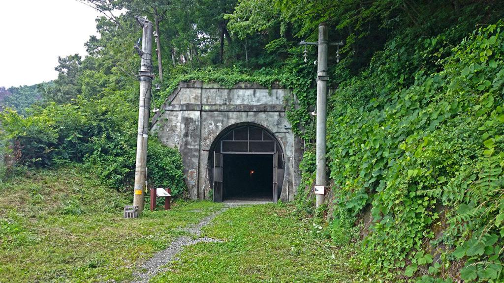 旧国鉄篠ノ井線廃線敷 三五山トンネル