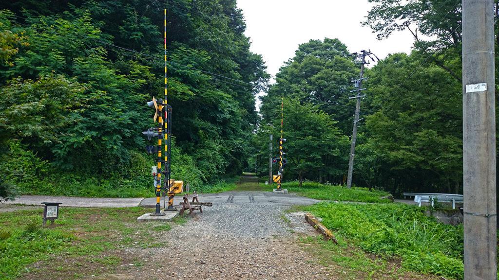 旧国鉄篠ノ井線廃線敷 そのまま残されていた遮断機
