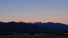 常念岳と横通岳のモルゲンロート
