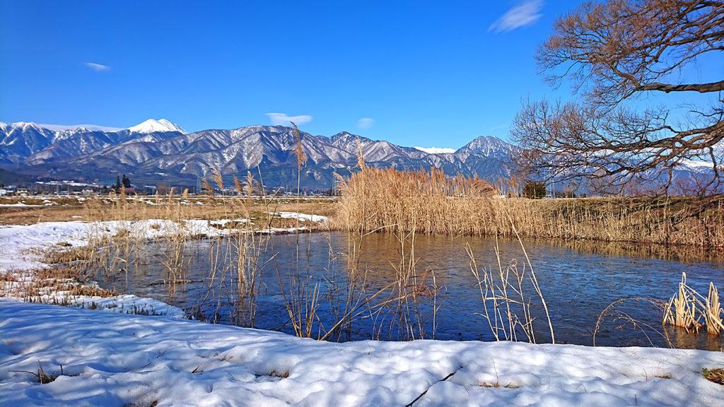 久保田公園から常念岳と有明山を