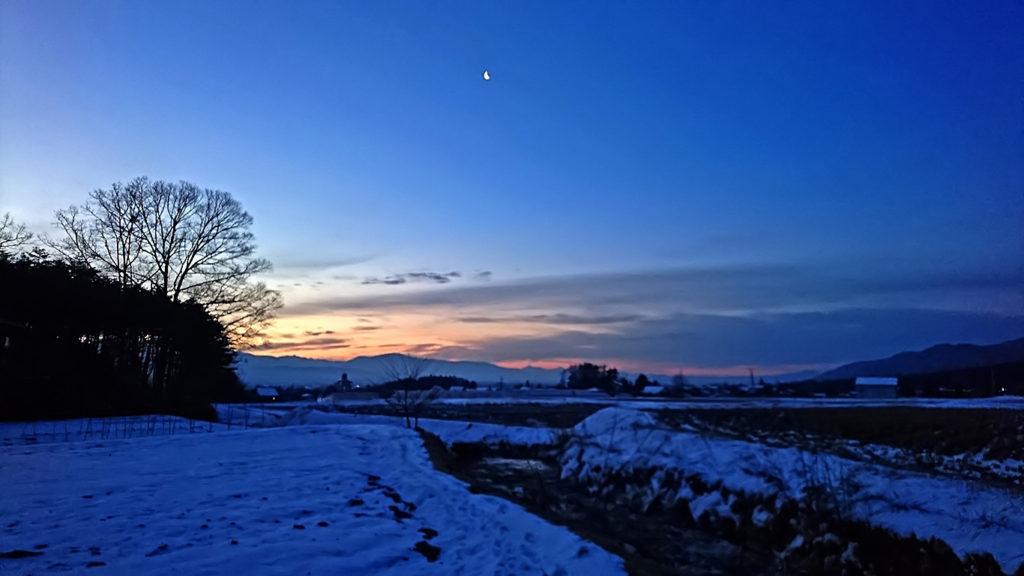 穂高有明からの夜が明け始めた東の空
