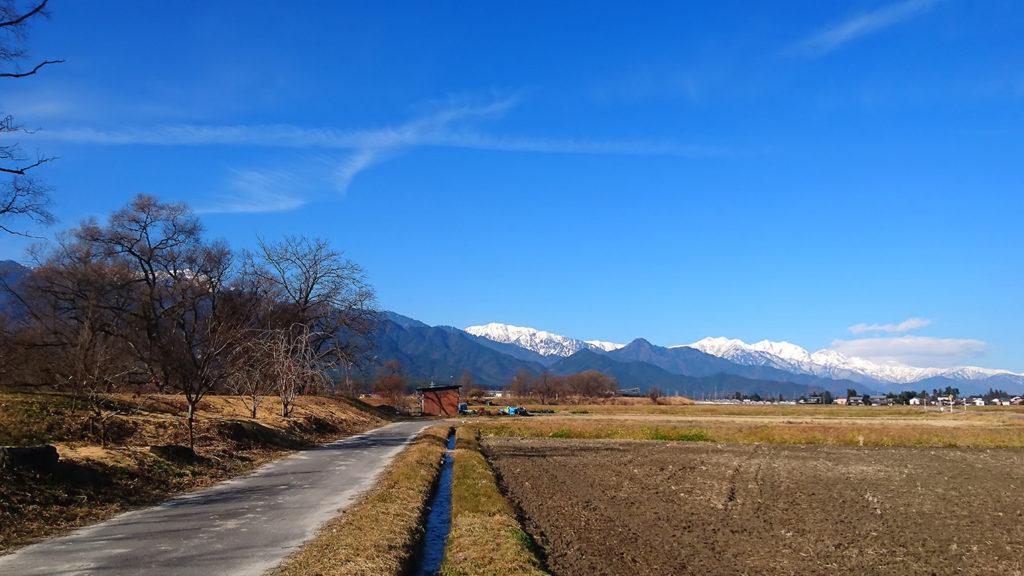 松川村からお山を