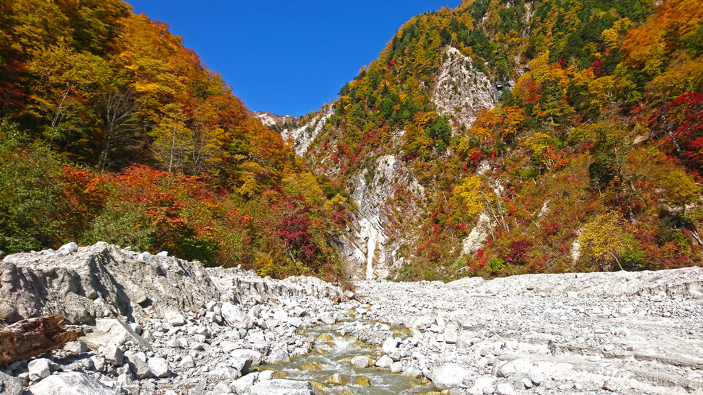 濁沢の滝の紅葉2